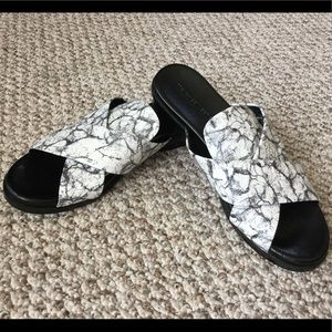French Connection Basia Slide Sandals Size 7,5